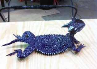 Metal sculpted purple TCU Horned Frog